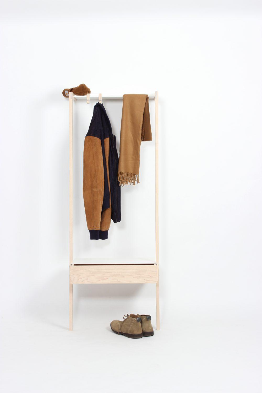 eigenart designstudio-anlehngarderobe-design-schöne garderobe-holz-metall-holz und metall