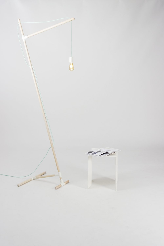 eigenart Designstudio-designleuchte-schöne Leuchte-puristisches Design-Textilkabel-Geradliniges Design