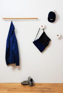 eigenart Designstudio-designgarderobe-schöne Garderobe-puristisches Design-Eiche und Stahl-Geradliniges Design